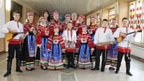 Хохольские школьники заняли второе место в финале областного конкурса «Красная гвоздика»