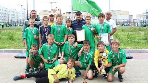 Бутурлиновские футболисты стали серебряными призерами Детскосельского турнира