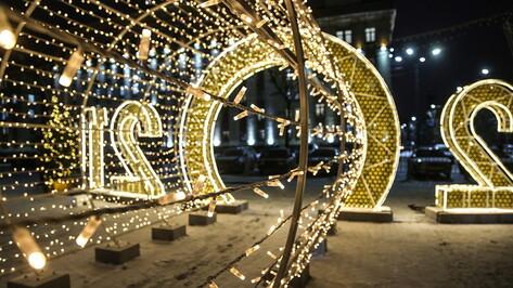 Работы по украшению площади Ленина в Воронеже вышли на финишную прямую