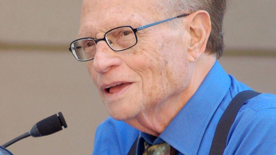 Умер легендарный американский телеведущий Ларри Кинг