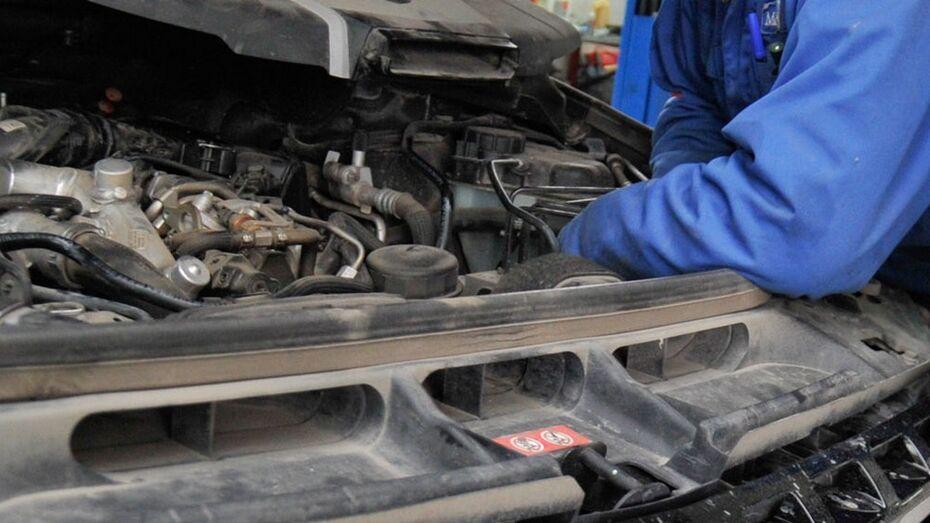 В Воронежской области механик после претензии клиента сжег его автомобиль