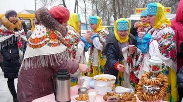 Жители Верхнемамонского района приготовили на праздник «Прощай, Масленица!» более 20 видов блинов