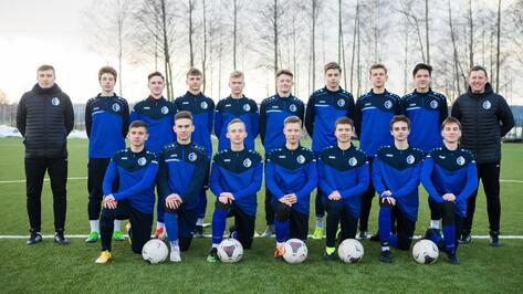 Команда футбольной академии воронежского «Факела» одержала первую победу
