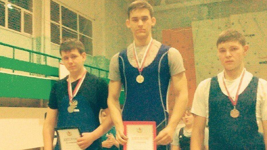 Тяжелоатлеты из Бутурлиновки стали призерами первенства Воронежской области