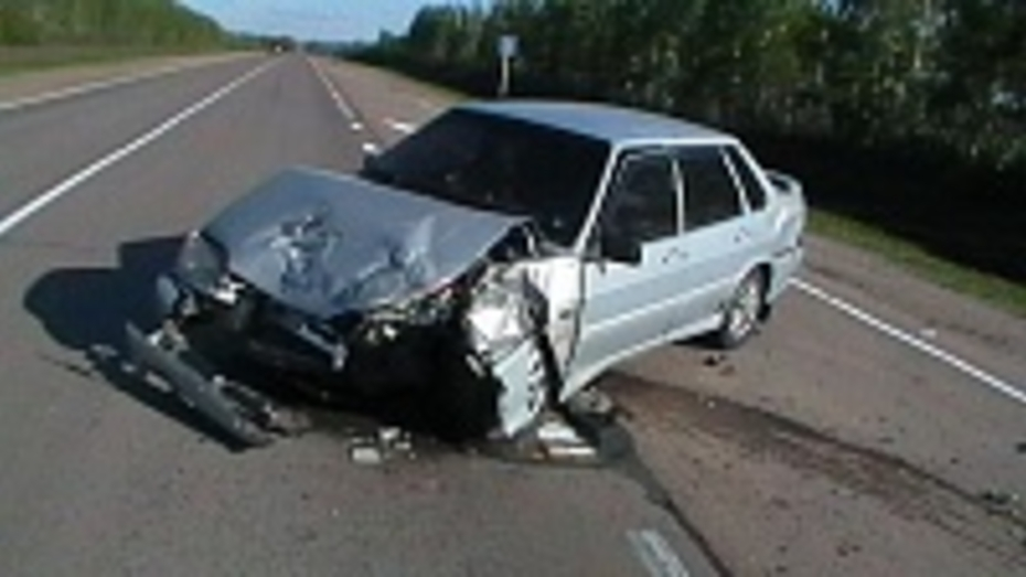 В Воронежской области при столкновении с Volkswagen разбился водитель «ВАЗа»