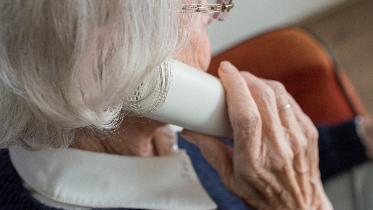 «На выход». Бабушка-инвалид из Воронежа из-за кредита в 242 тыс рублей лишилась дома
