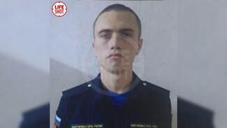 Появилось фото сбежавшего солдата, убившего сослуживцев на аэродроме Балтимор в Воронеже