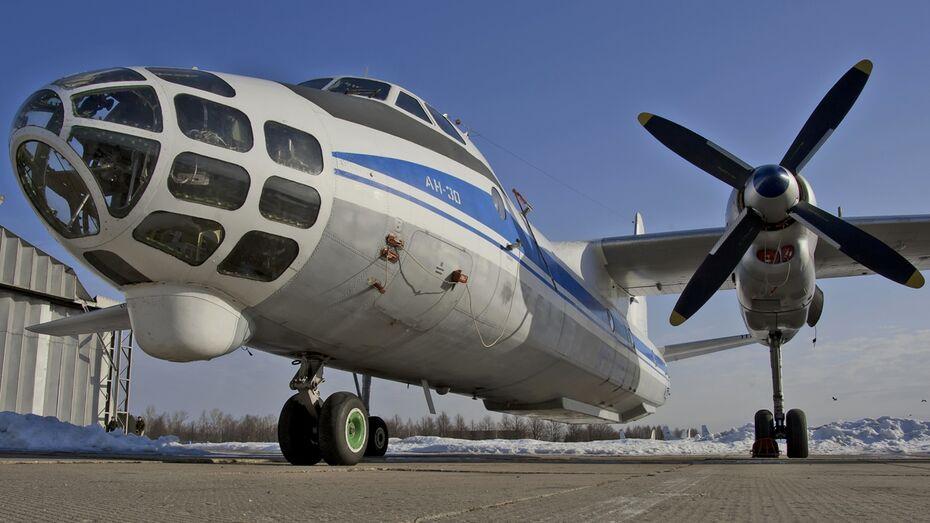 Воронежские судебные приставы арестовали два самолета авиакомпании «Полет»