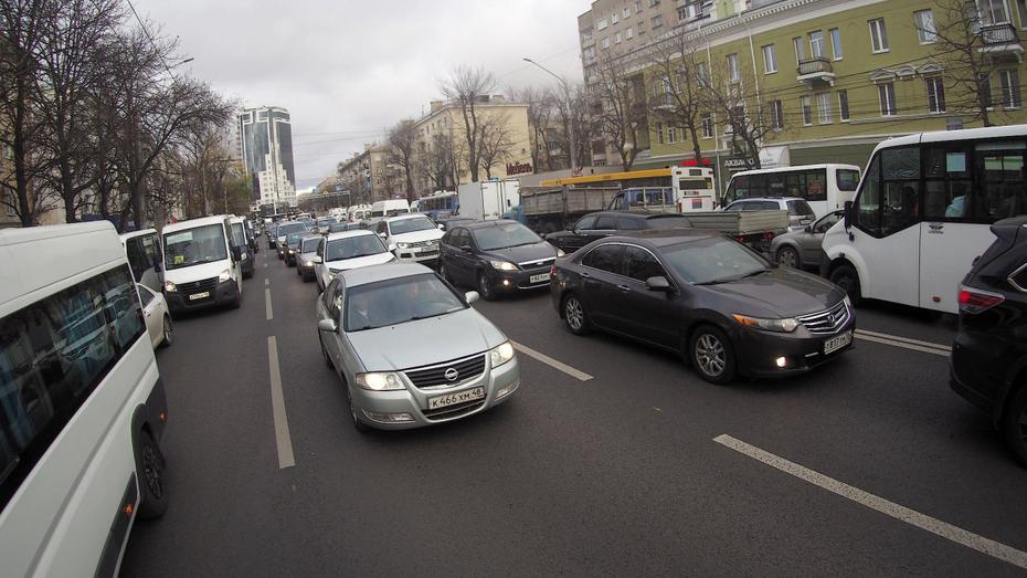 Воронежских водителей предупредили о возможном гололеде
