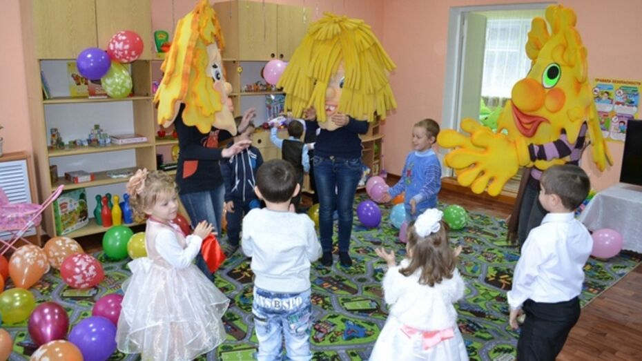 Грибановским малышам к Новому году подарили детский сад