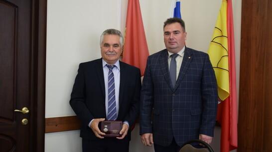 Борисоглебца наградили знаком «Почетный машиностроитель»