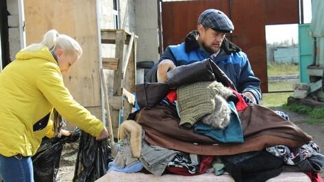 Таловчане собрали вещи для 37 многодетных и малообеспеченных семей