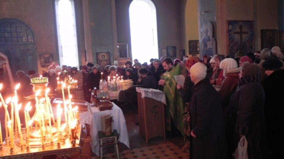 Кантемировцы поклонились святыне