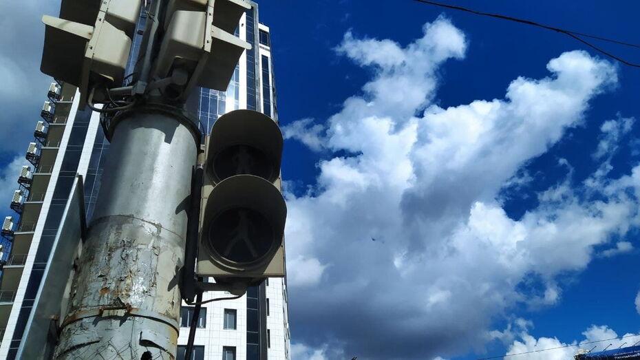 Светофоры в центре Воронежа вновь погасли из-за отключения электроэнергии