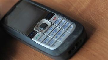 В Воронеже мужчина попался на передаче мобильника в режимную больницу