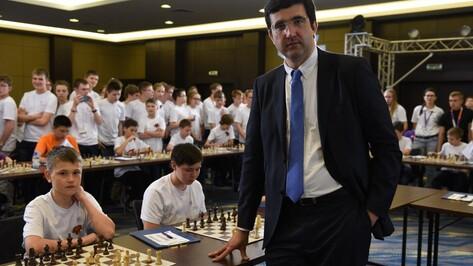 Воронежская шахматистка поучится у чемпиона мира Владимира Крамника