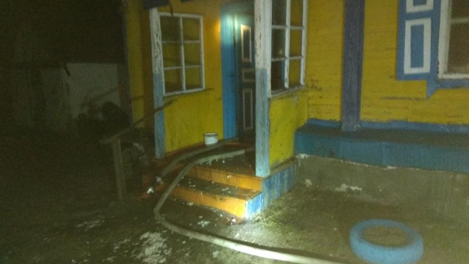 Тело пожилой женщины нашли на сгоревшей даче в Воронеже