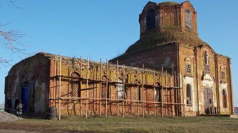 В селе Пески Павловского района восстанавливается храм