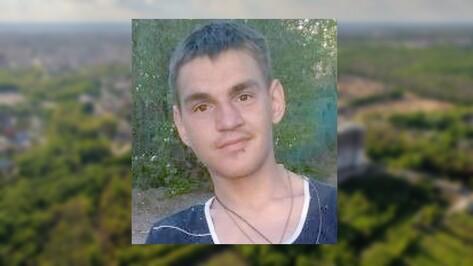 Пропавшего в Воронежской области 19-летнего парня нашли живым