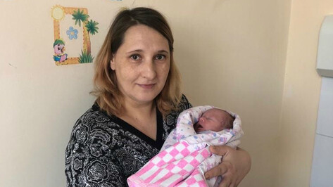 В Воронежской области женщина выносила дочь вне матки