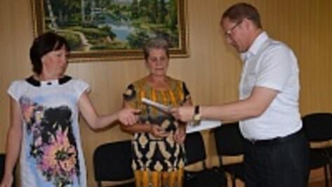 Погорельцам из Поворинского района ремонт частично оплатили добрые люди и власти