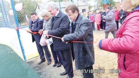 В Петропавловском районе открыли шестую многофункциональную спортивную площадку
