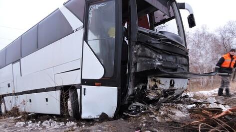 СК начал проверку по факту ДТП с украинским автобусом в Воронежской области