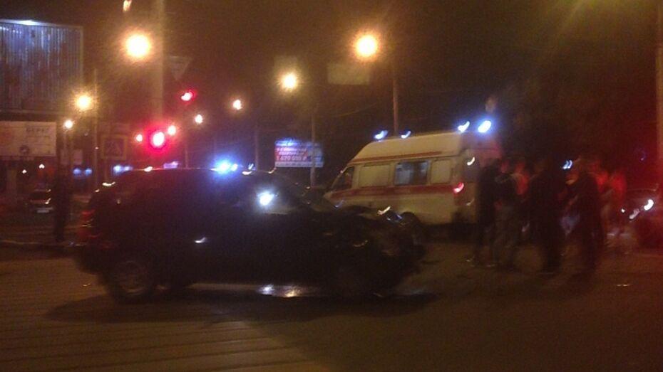 В Воронеже в ДТП с 2 «Ладами» пострадала 2-летняя девочка