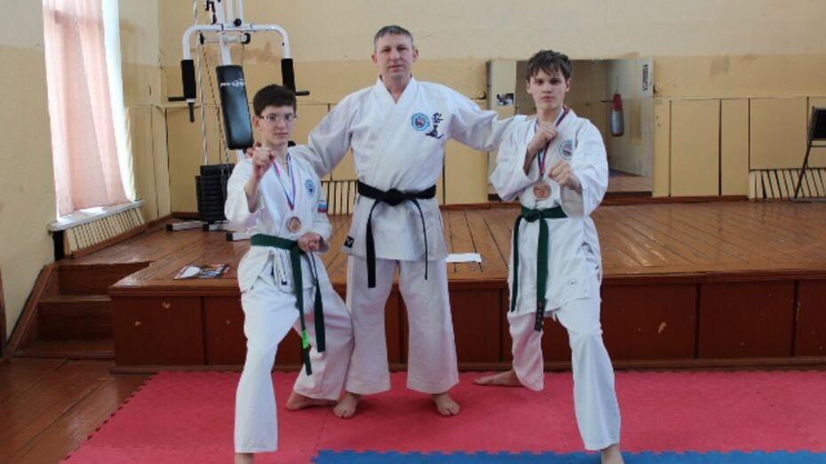 Верхнехавские каратисты завоевали бронзу на Чемпионате России