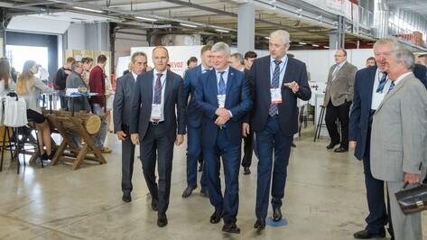 Глава Воронежской области открыл XI Промышленный форум