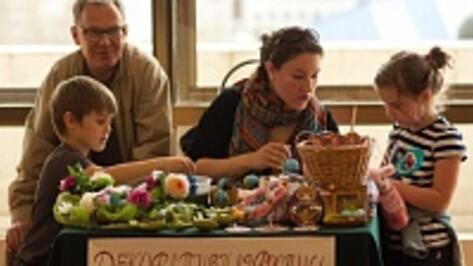 Известные воронежцы распишут пасхальные яйца для благотворительной выставки