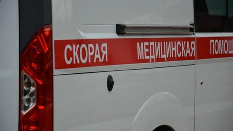 В Острогожске перевернулся ВАЗ: пострадал 23-летний водитель