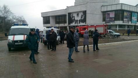 Воронежцы сообщили о заминировании «ВАЗа» на Советской площади