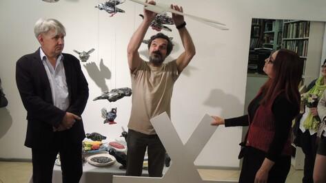 В галерее «Х.Л.А.М.» открылась выставка, посвященная мечтам о полете