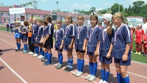 Футболистки из Терновки взяли «серебро» турнира «Кожаный мяч»