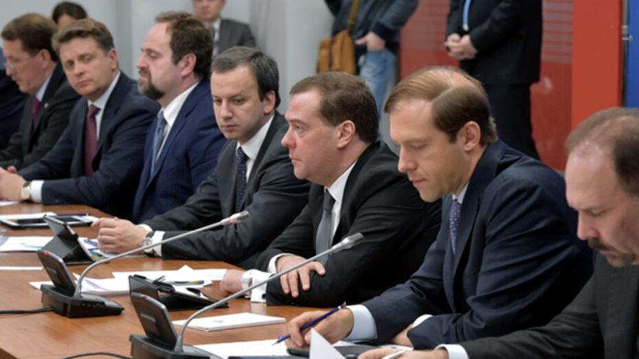 Министр промышленности предсказал в Воронеже спад в строительстве и автомобилестроении