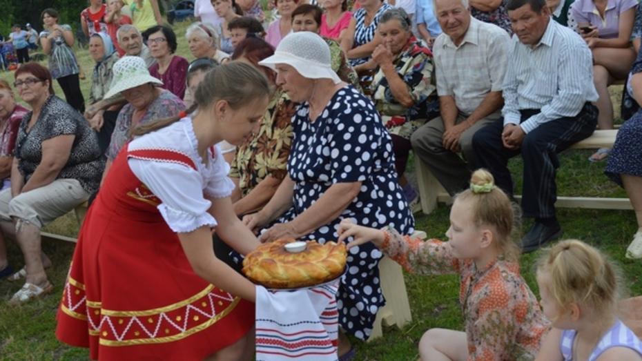 Под Рамонью прошел фестиваль народной песни