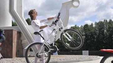 В Воронеже у велоневесты угнали свадебный велосипед