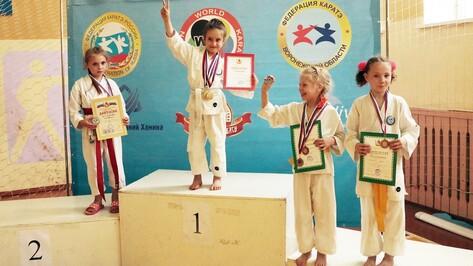 В Боброве прошли чемпионат и первенство Воронежской области по карате
