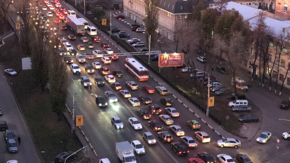 Дорожники рассказали, чем воронежские пробки полезны для здоровья