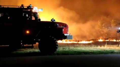 В Воронежской области из-за масштабного пожара эвакуировали 26 человек