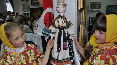 В Лисках прошел фольклорно-этнографический праздник «Лискинский ларец»