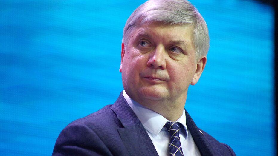 Воронежский губернатор упрочил позиции в рейтинге глав регионов