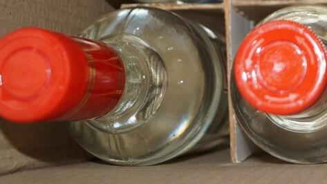 Павловского пенсионера привлекли к уголовной ответственности за продажу самопальной водки