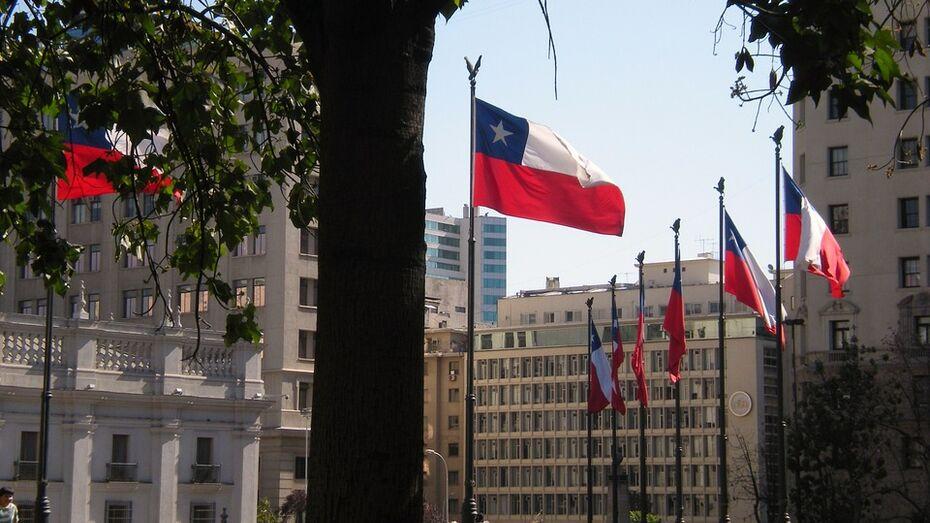 Привитых «Спутником V» россиян освободили от карантина по прилету в Чили