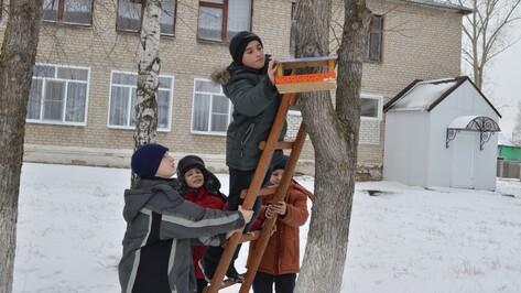 Репьевские школы наградили за участие в экологических акциях