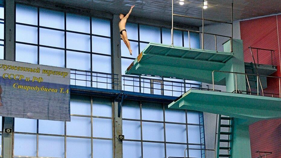 Хайдайвер Сильченко открыл международный турнир по прыжкам в воду в Воронеже