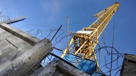 В Рамонском районе загорелся башенный кран