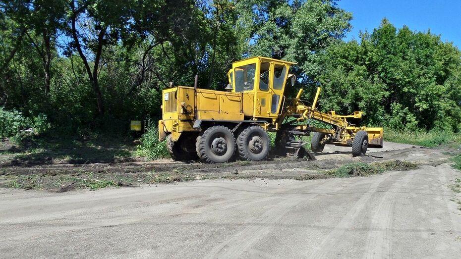 В Семилукском районе объявили 18 аукционов на ремонт дорог