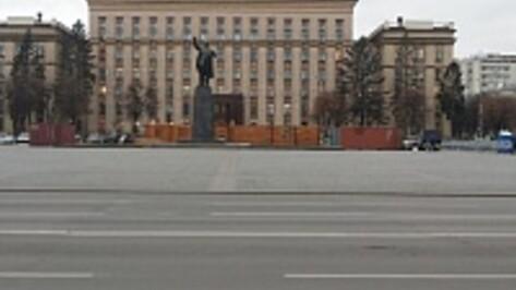 Перед Новым годом на площадь Ленина в Воронеже вернутся деревянные избушки